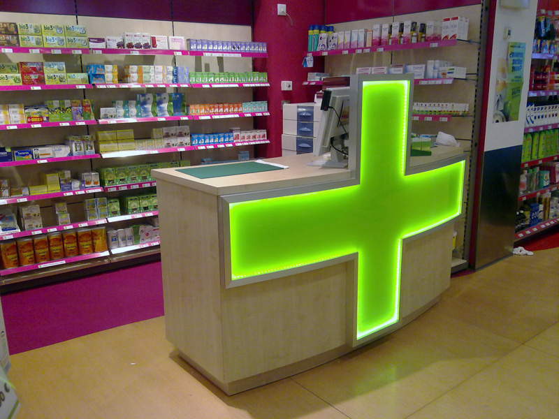 Catruli mueble de encargo for Decoracion de farmacias